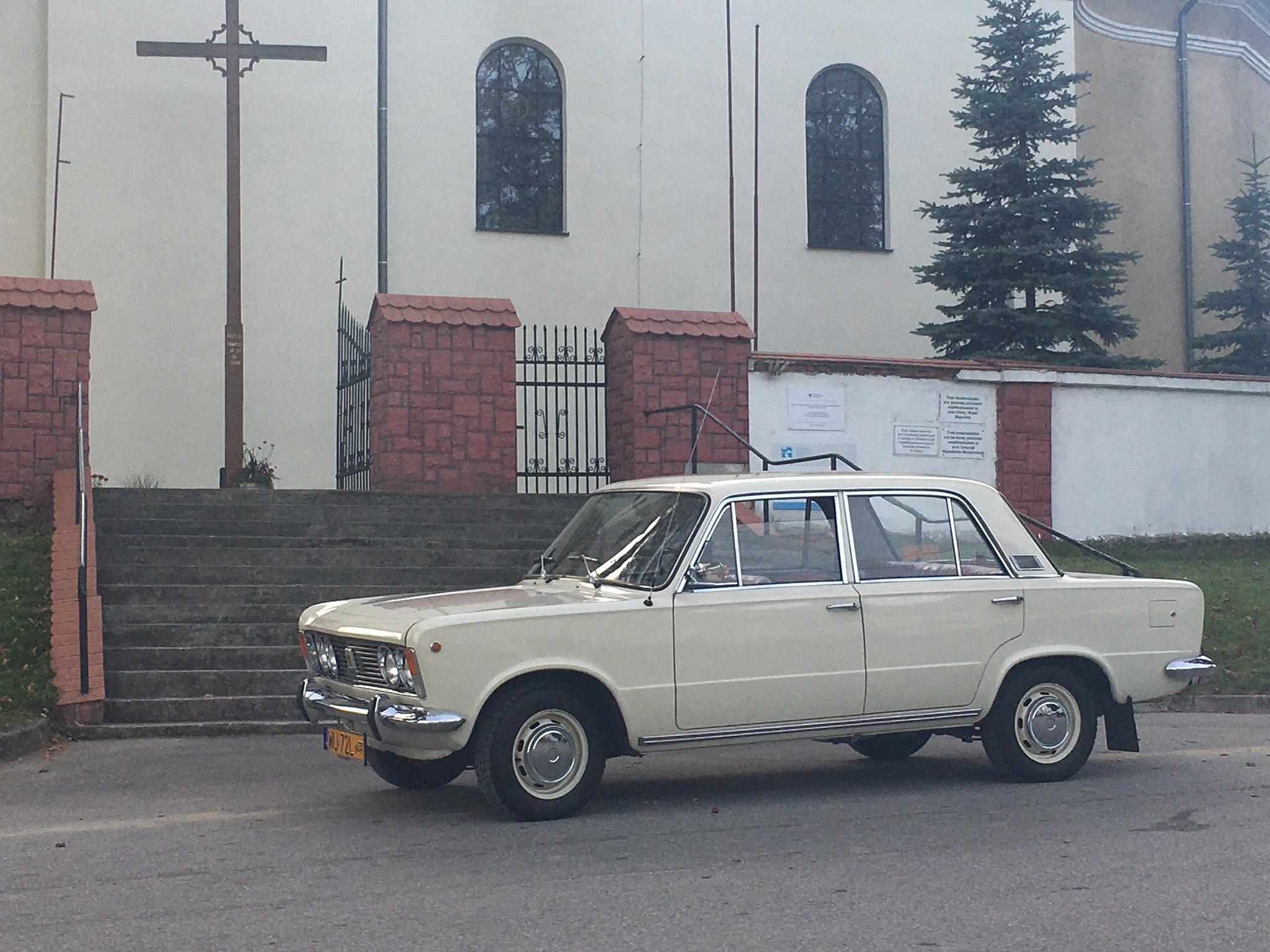 Fiat_125p_do_slubu_2019_09_2