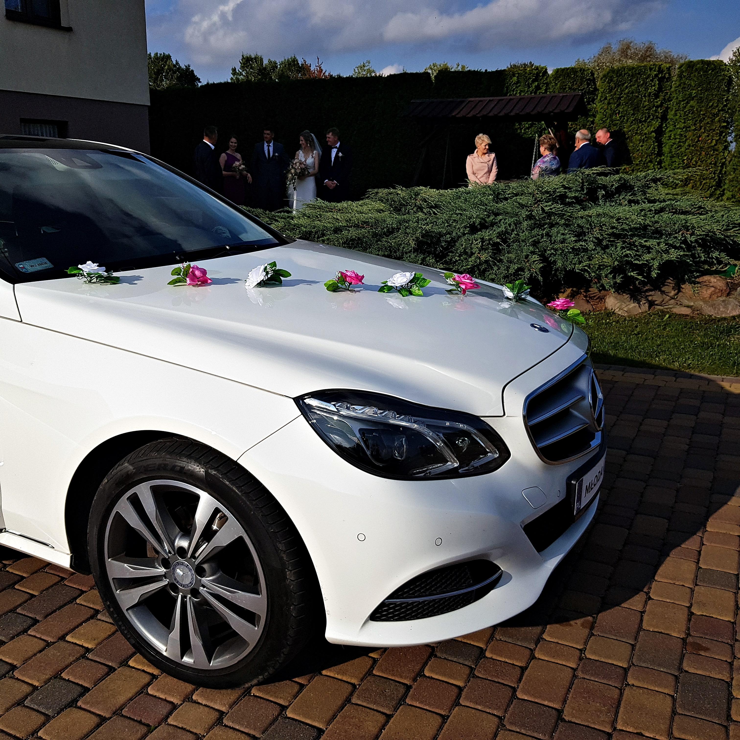 Mercedes_E_do_slubu_2019_09_1