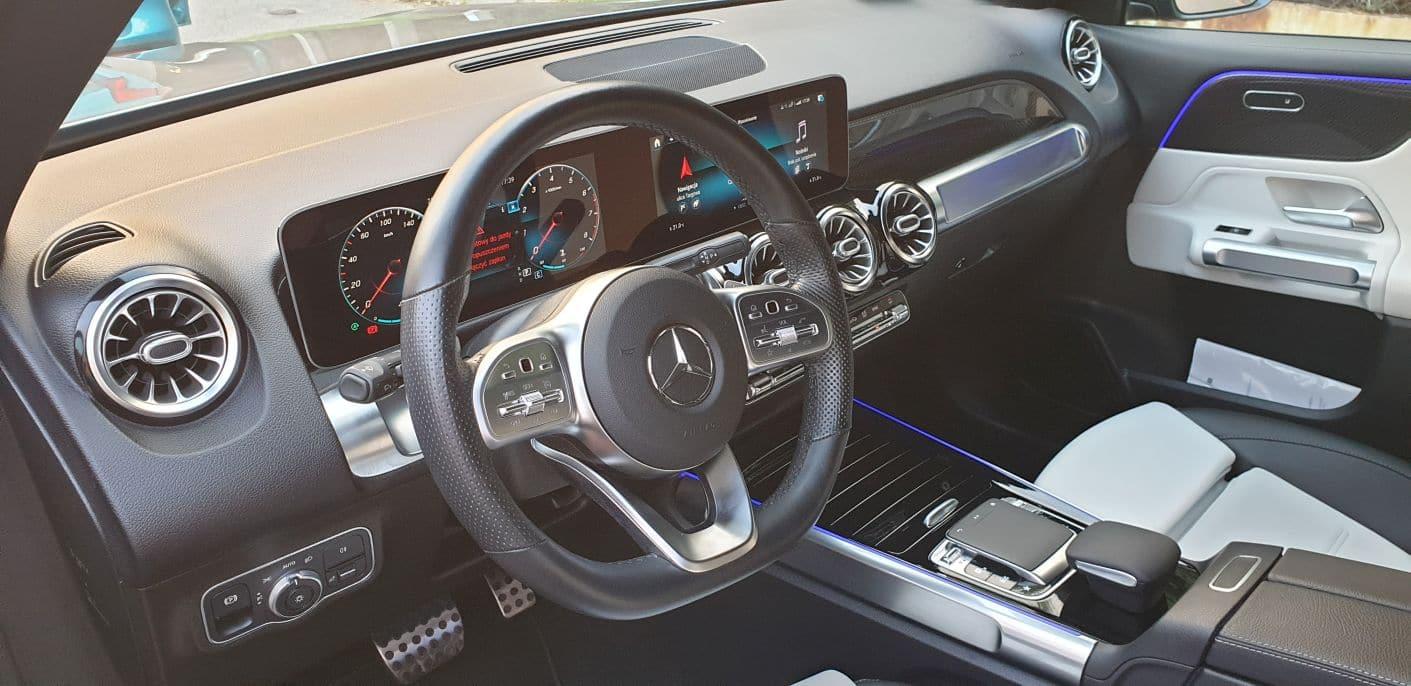 Mercedes_GLB_250_2019_6